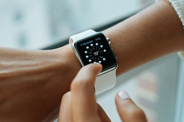 płacenie zegarkiem